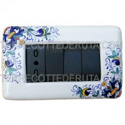 placca copri interruttori ceramica maiolica living