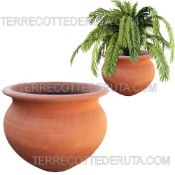 Round smooth terracotta...