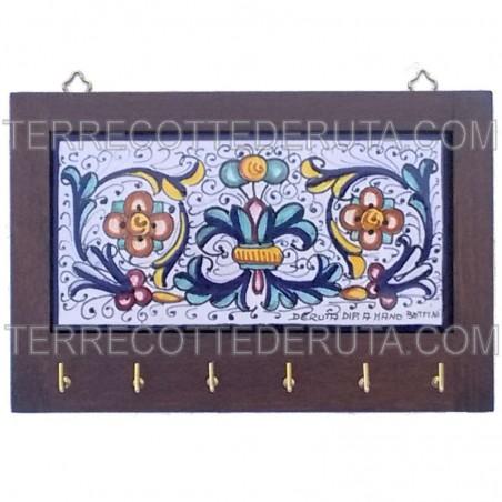 Appendino ceramica maiolica Deruta con cornice in legno decoro Ricco Deruta blu Cm. 24