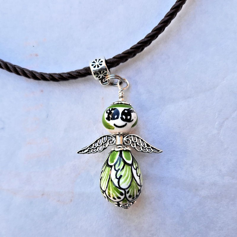 Collana angeli ceramica maiolica Deruta dipinto a mano verde