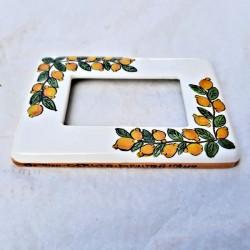 Placca Coprinterruttori ceramica maiolica Deruta dipinta a mano decoro limoni compatibile matix