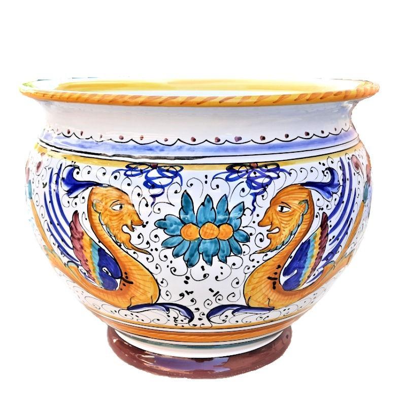 Deruta majolica vase holder hand painted Raphaelesque decoration