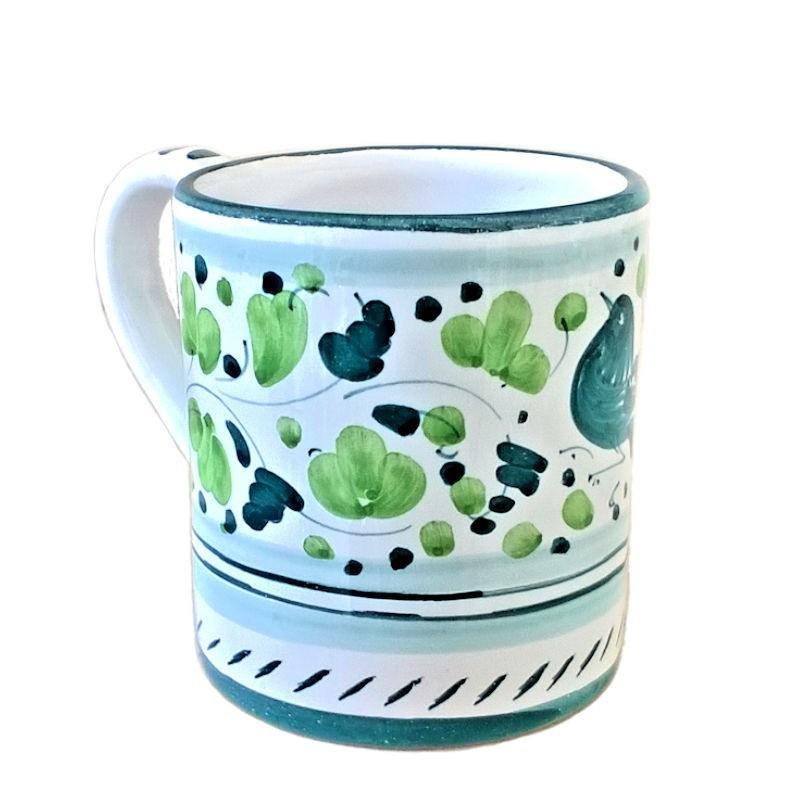 Bicchiere tazza ceramica maiolica Deruta dipinto a mano decoro Arabesco Verde