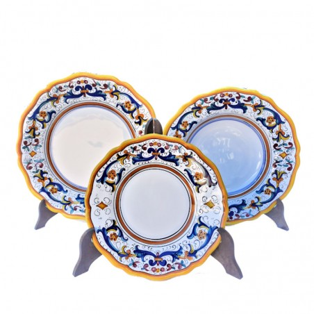 Servizio piatti tavola ceramica maiolica Deruta dipinto a mano decoro ricco Deruta giallo sagomato