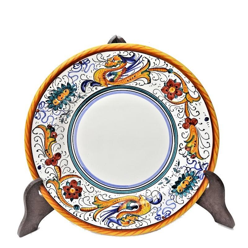 Piatto tavola ceramica maiolica Deruta dipinto a mano decoro Raffaellesco