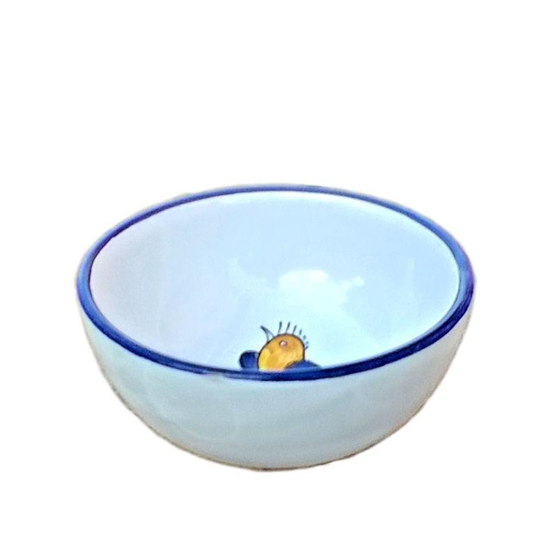 Deruta majolica ceramic salad bowl hand painted with little bird decoration